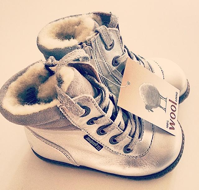 skor till 1 åring
