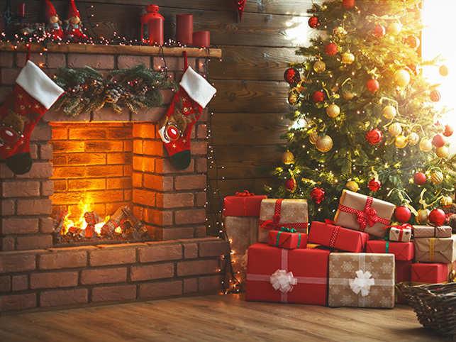 christmas-fireplace-thinkstockphotos-873180722