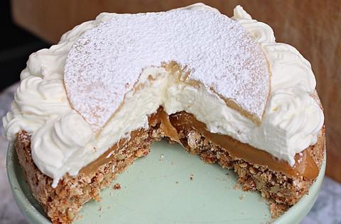 semlor baka variant kolatårta