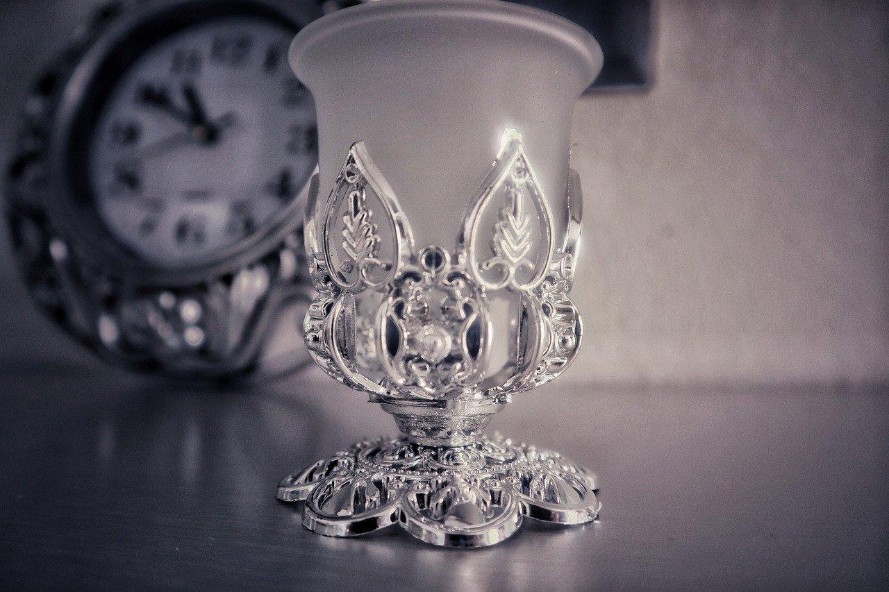 silver-4908288_1280