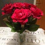 Röda rosor från min man idag.