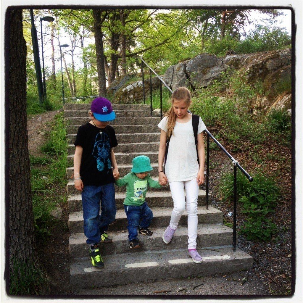 Barnen i trappa