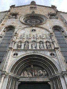 Katedral, Comosjön