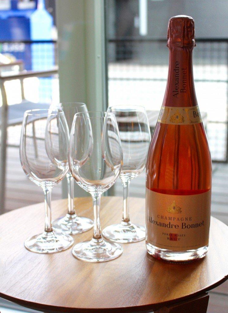 champagne_rosa_brollopsdag_skal