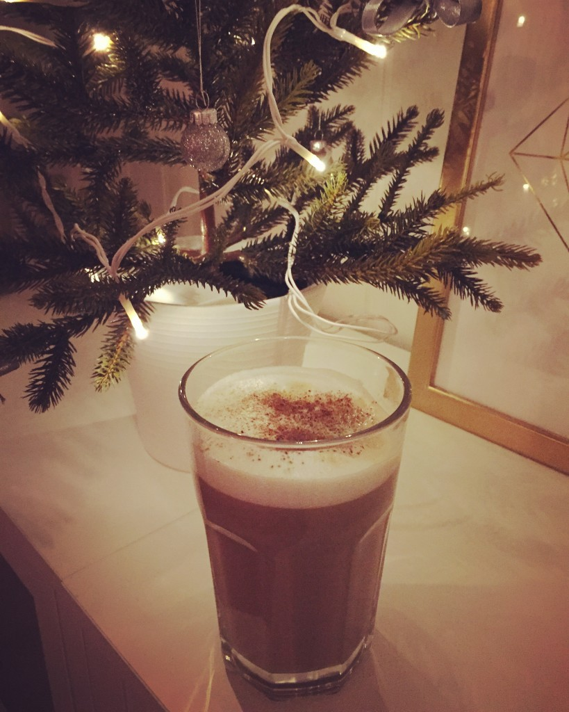 julkaffe_med_kanel_och_kardemumma_minigran_ikea_kaffeglas