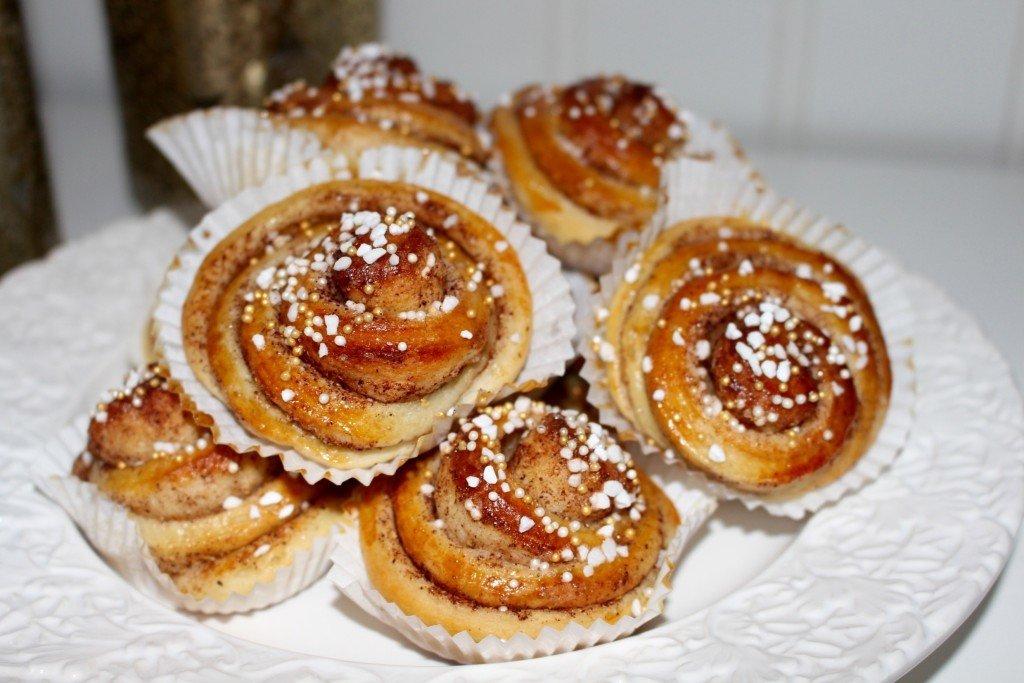 kanelbullar_kanelsnackor_saftiga_luftiga_goda_bullar_basta_receptet_frulilja