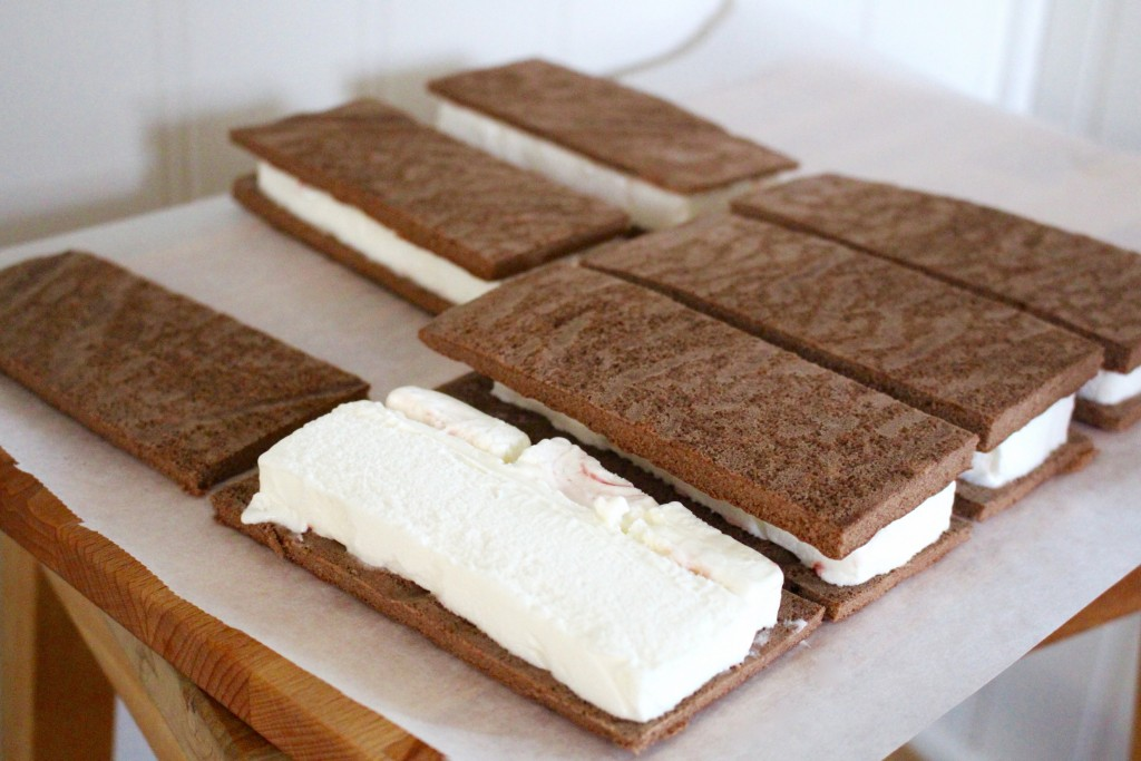 hemmagjord_glass_sandwich_sandwichglass_baka_med_barn