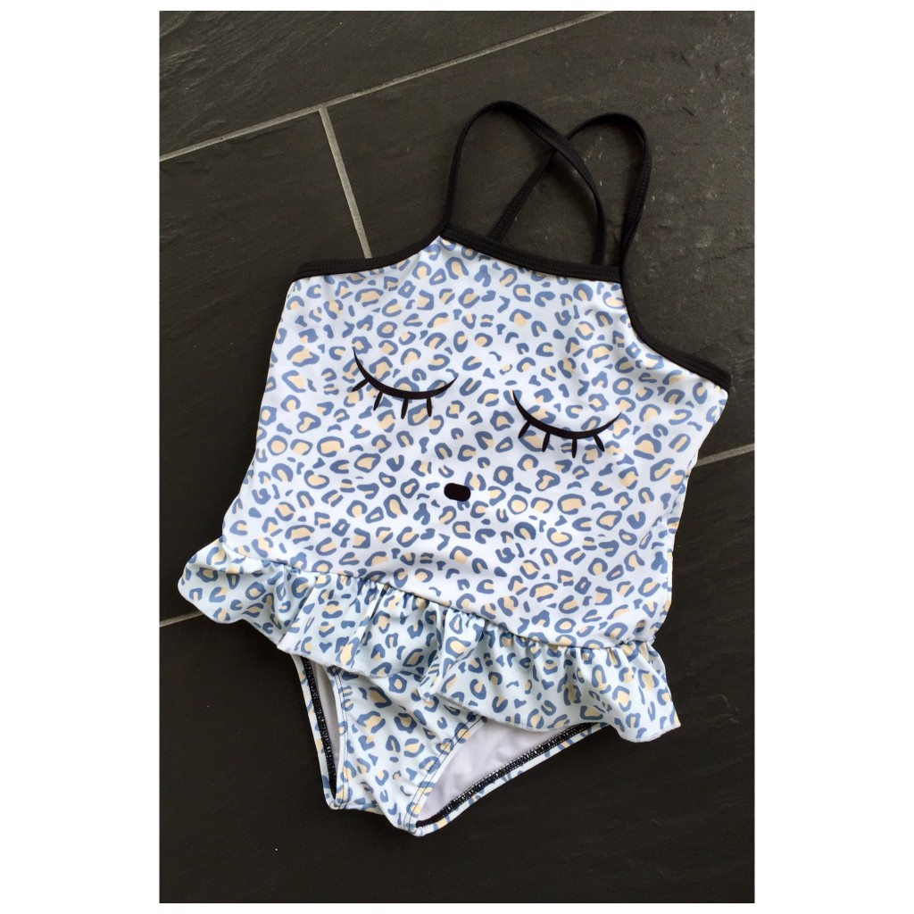 baddräkt_livly_fashion_for_girls_swimwear_leoprint