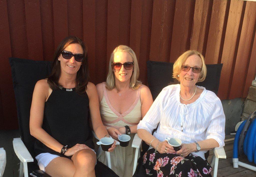 mor_och_dotter_sommarfest