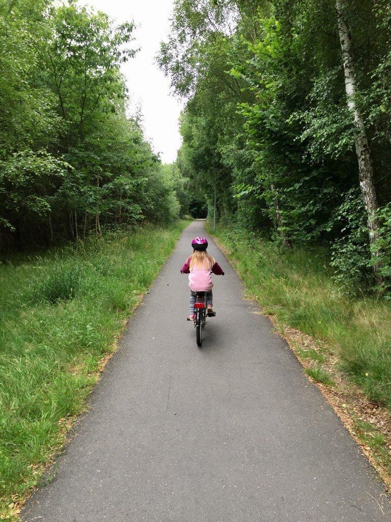 Cykla_med_barn_lager_157