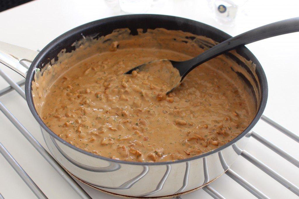 kantareller_kantarellpasta_pastasas_med_kantareller_farsk_pasta_tagliatelle_vegetariskt_vegetarisk_mat