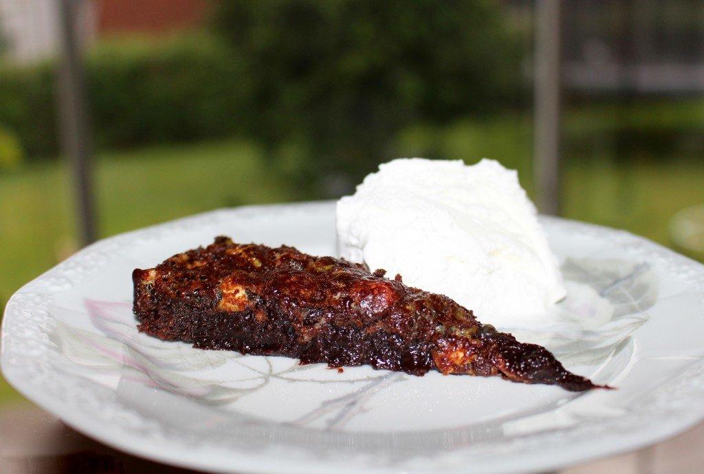kladdkaka_med_marshmallow_perfekt_recept_seg_och_krispig