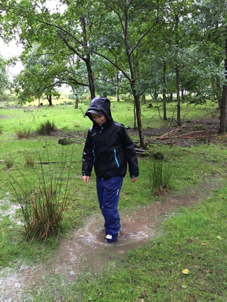 hopp_i_vattenpol_regnklader_lager157