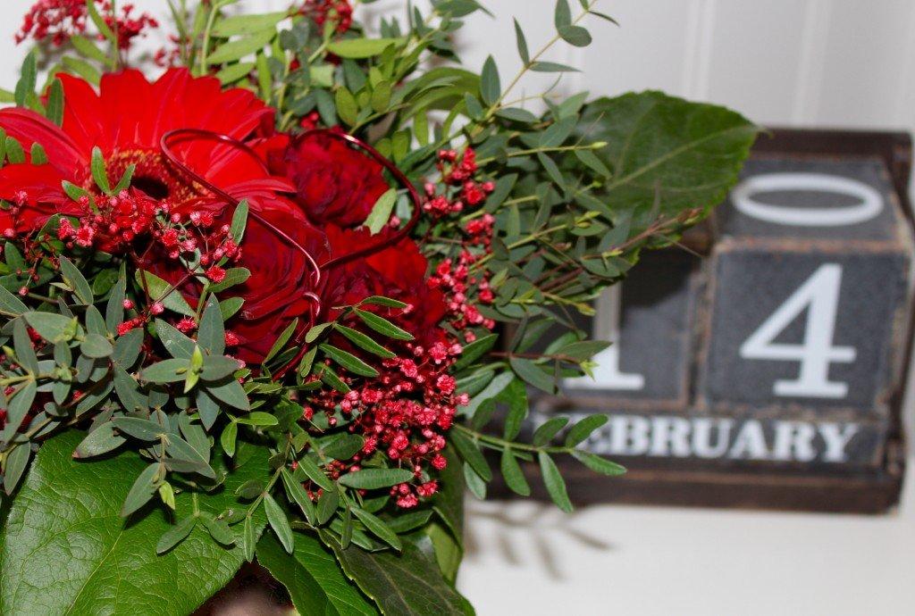 alla_hjartans_dag_valentines_day_14_februari_blommor_metallhjarta
