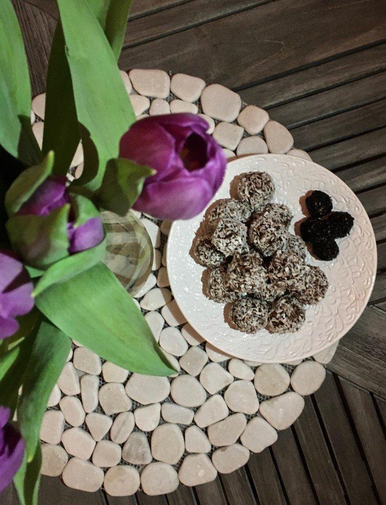 nyttiga_kalorisnala_chokladbollar_baka_sockerfritt_proteinella_viktvaktare_viktvaktarna_frulilja_mateus_keramik
