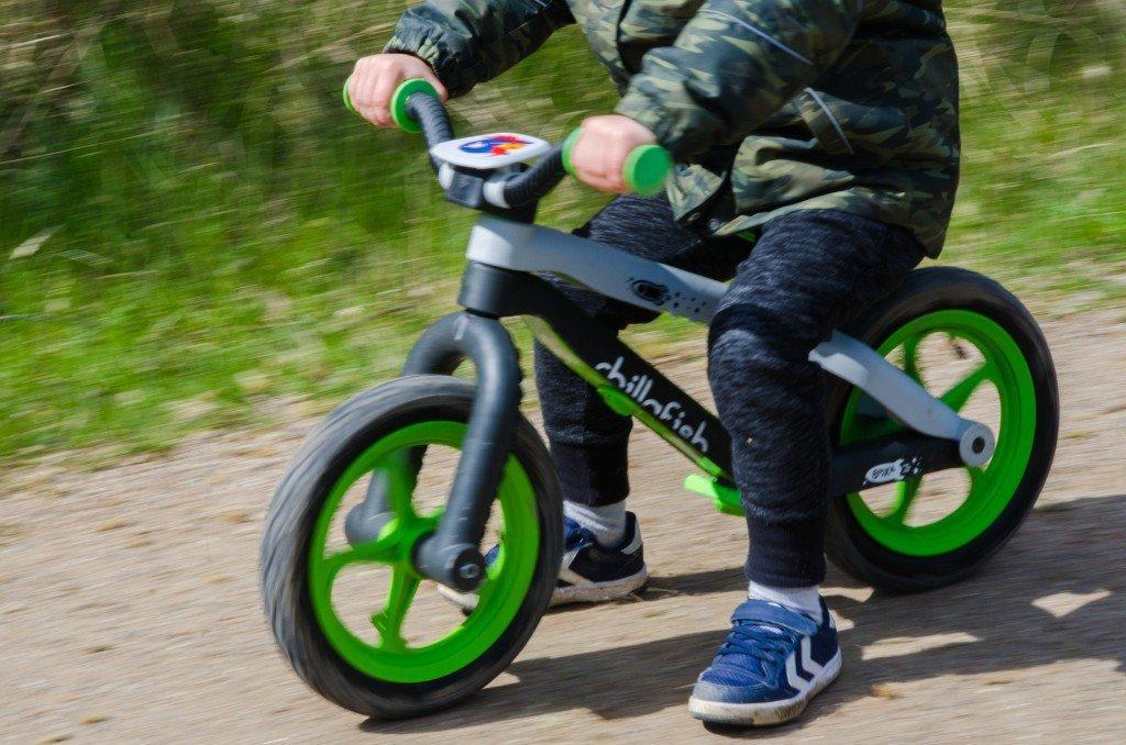 Springcykel utan stödhjul
