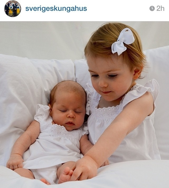 Prinsessan Leonore & Prinsessan Estelle <3  Bild lånad från Kungahusets instagram