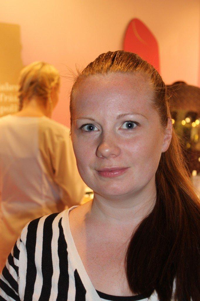 Efter:  Ingela ville ha en naturlig makeup :)