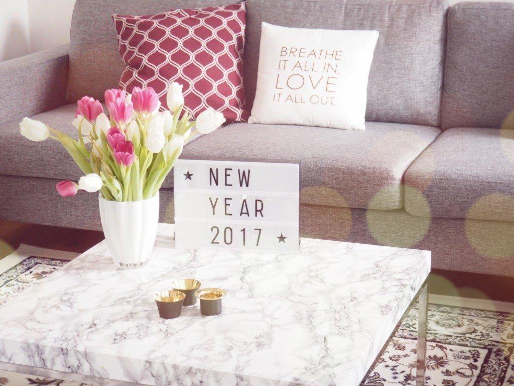 New_year_lamadre_interior_vardagsrum_livingroom_soffa_mobler_bord_matta_ikea_mio