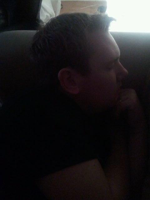 micke sover