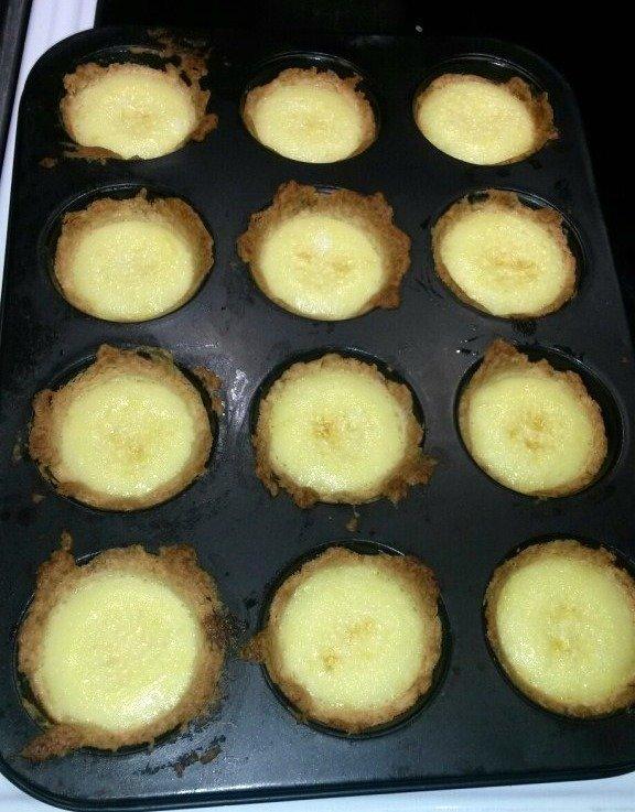 citronmaräng paj i muffinsform