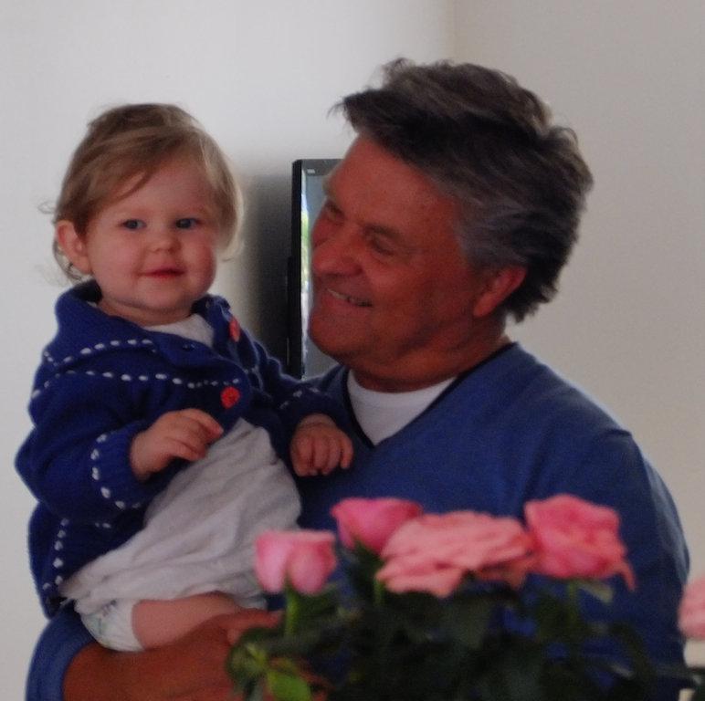 Edith med sin morfar....