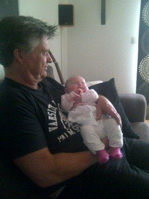 Min pappa & Edith. Den här bilden gör mig glad.