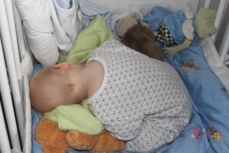 Så här kan det se ut när man ska kika till sitt barn på morgonkvisten :)