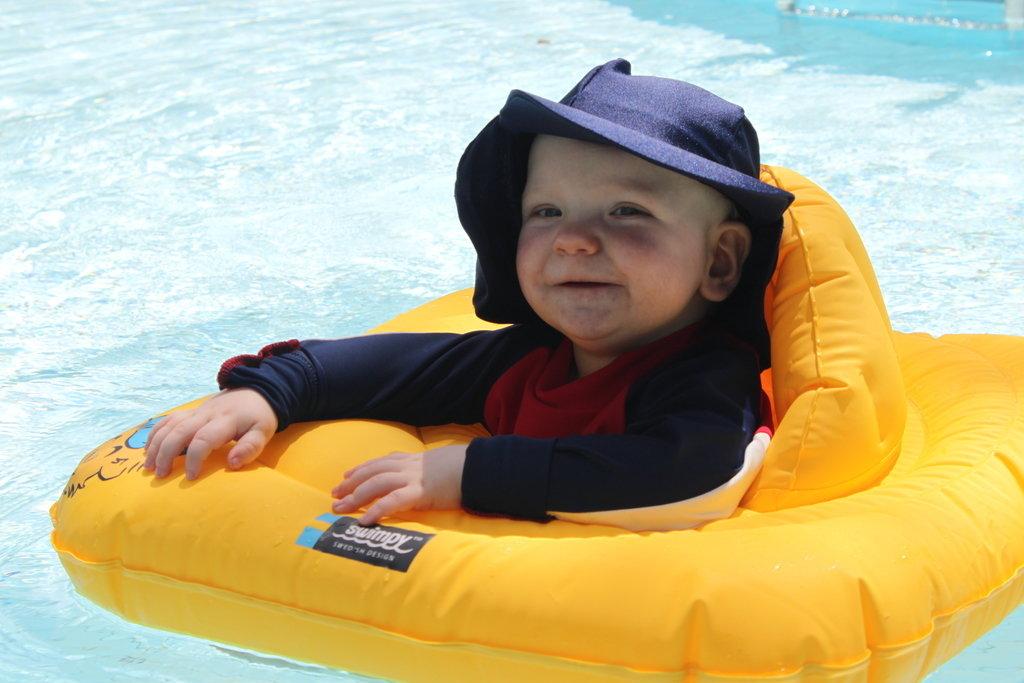 uppblåsbar badstol baby