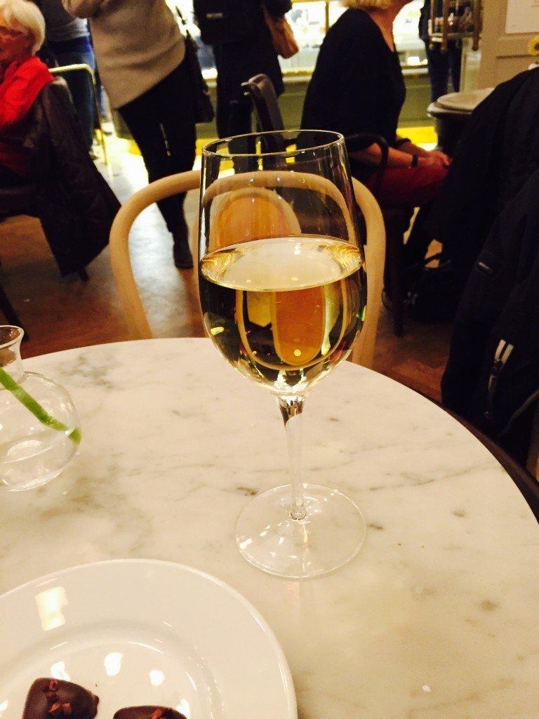 Vin på Vetekatten!