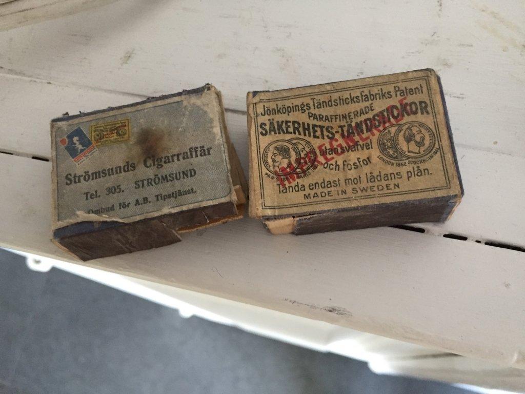 gamla tändsticksaskar