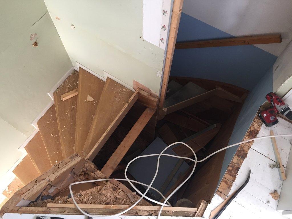 ombyggnation av trappa