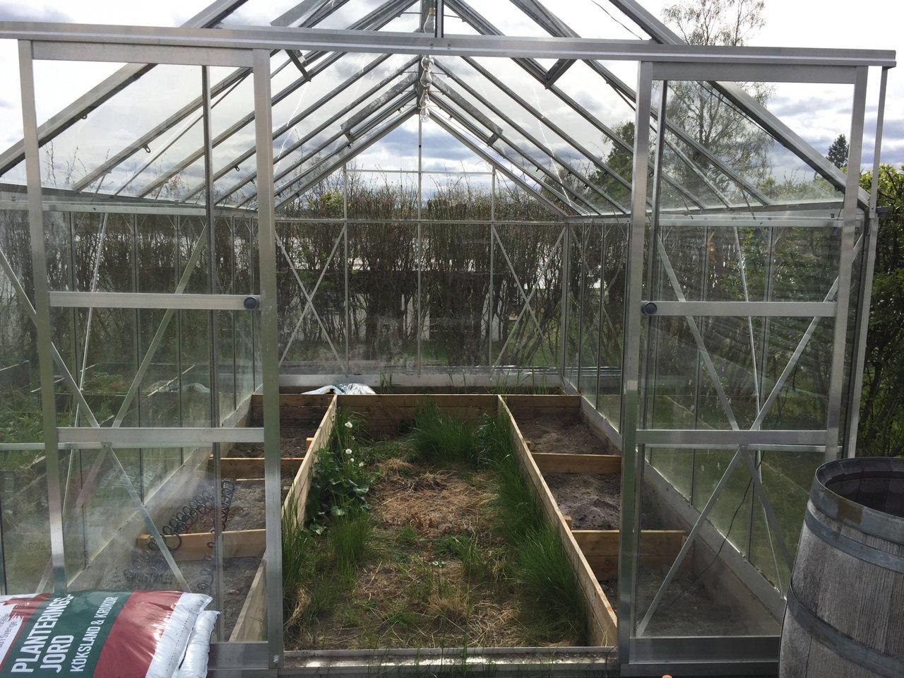 fixa i växthuset