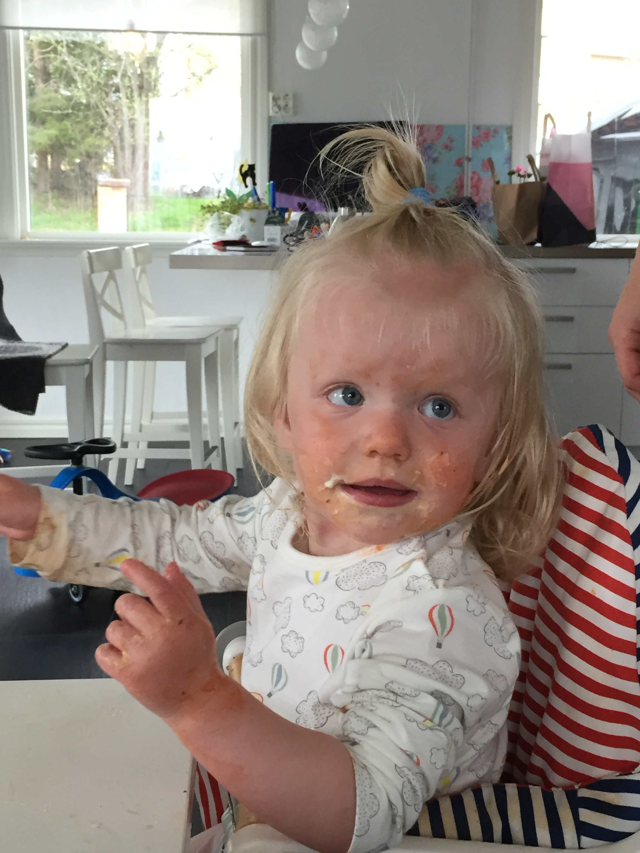 barn äta själv