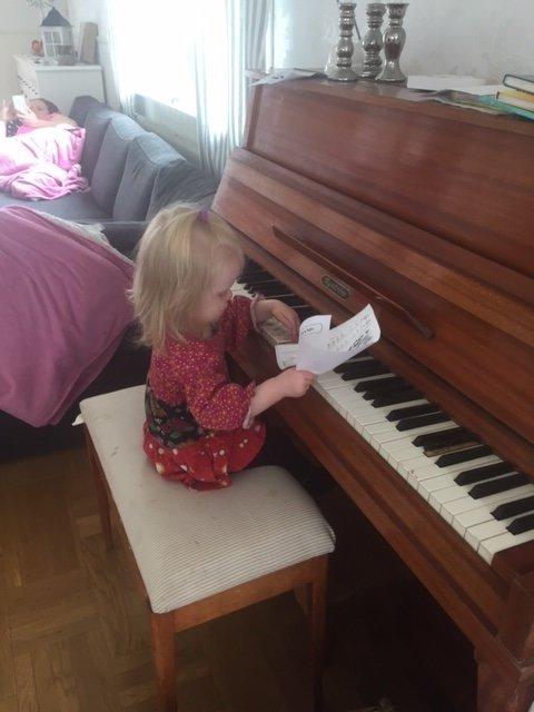 piano barn