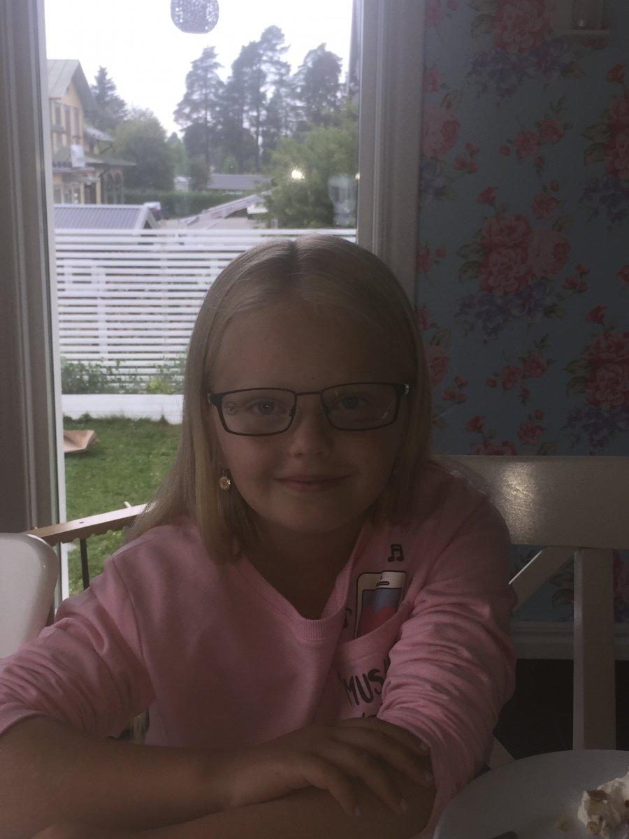 glasögon tjej