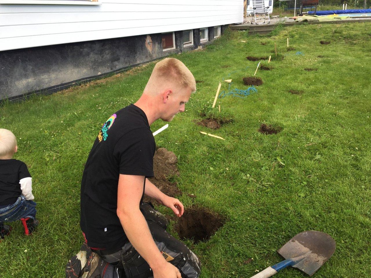 gräva plintar altan