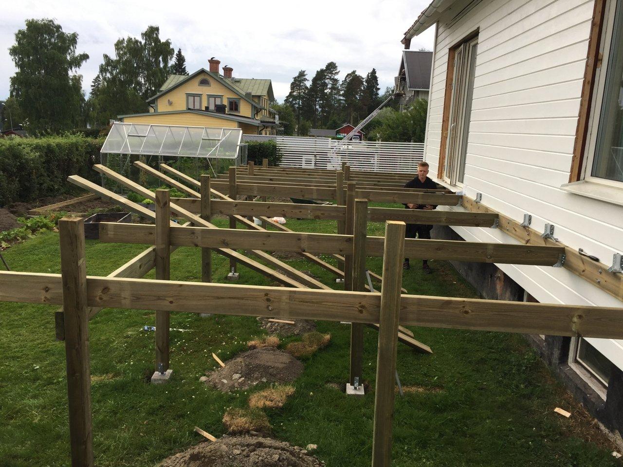 bygga altan på plint