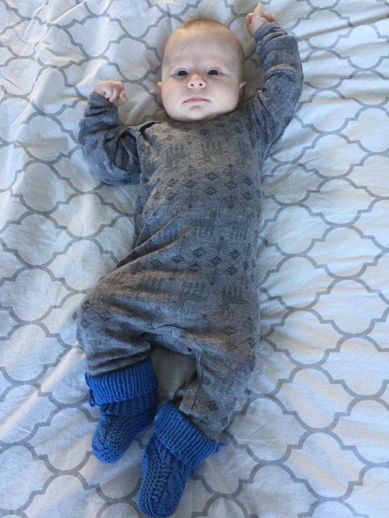 ullunderställ bebis