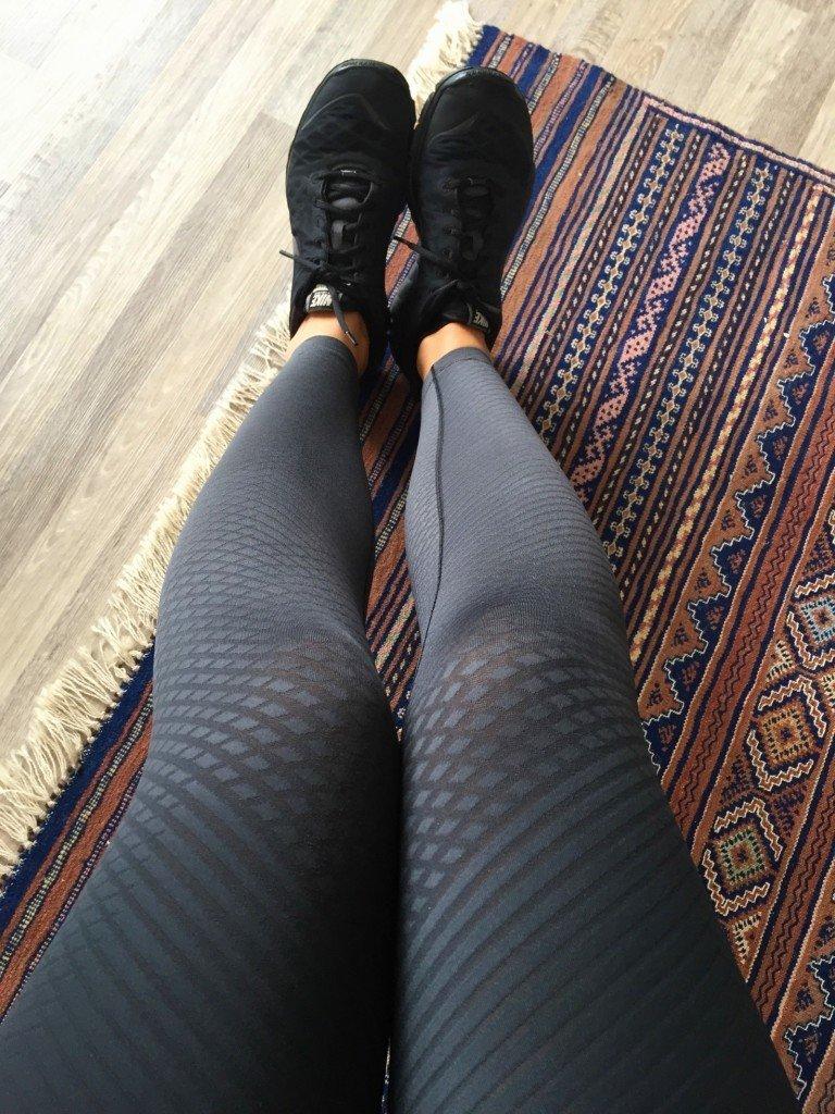 Gymklädd samt en bättre bild på mina nya tights som jag berättade om igår. Storgillar dem!