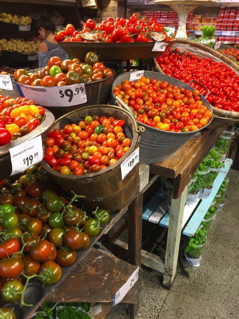 För en som älskar tomater är denna avdelningen himmelriket.