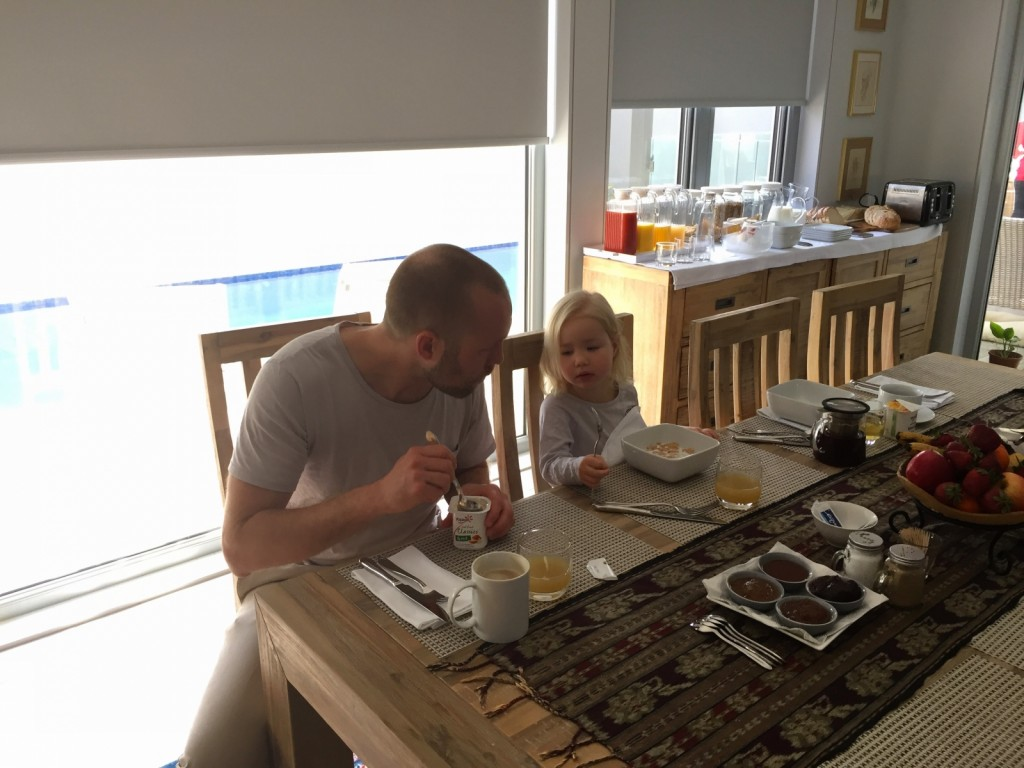 Frukost på det lilla BnB't i Coffs Harbour imorse.