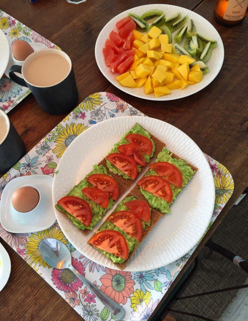 Dagens färgglada frukost.