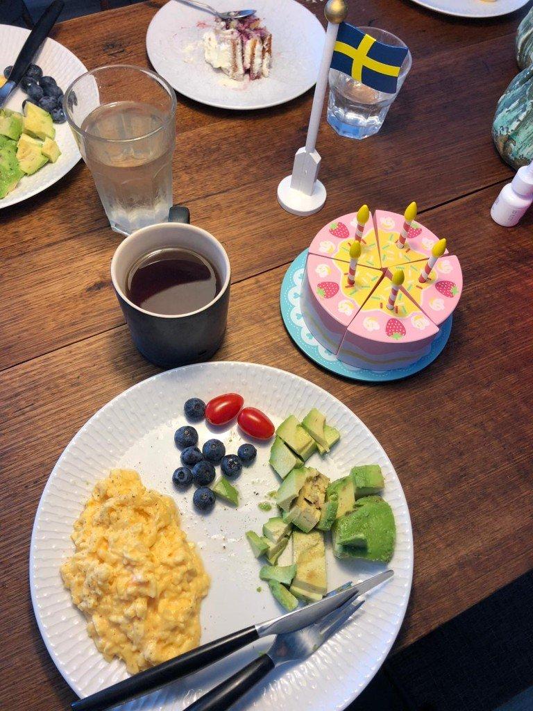 Frukostfirande.