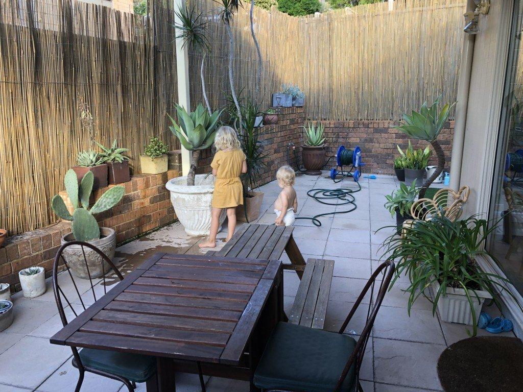 Mysigare med bambuväggar än målad plåt (dock ej färdigt!)