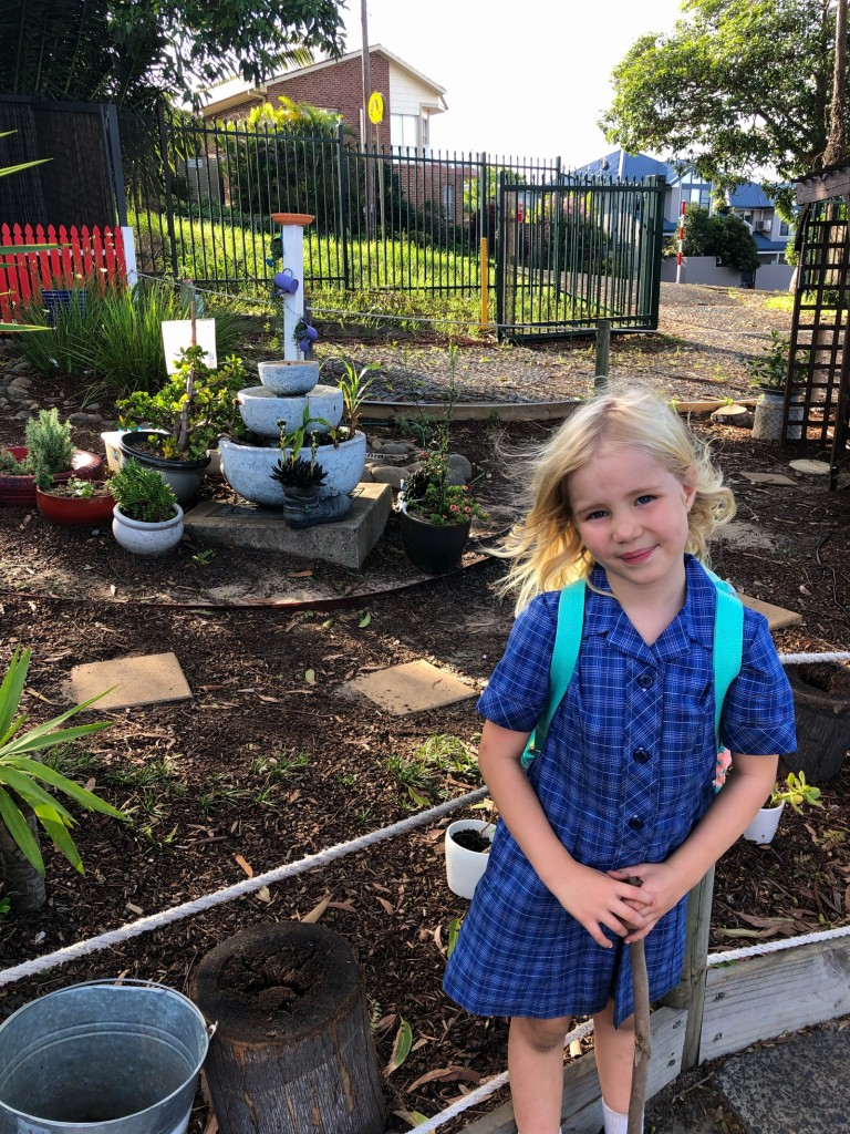 De har en väldigt fin trädgård på After School Care.