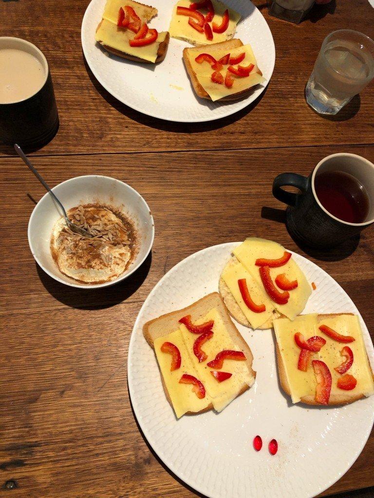 Måste alltid ha en frukostbild.