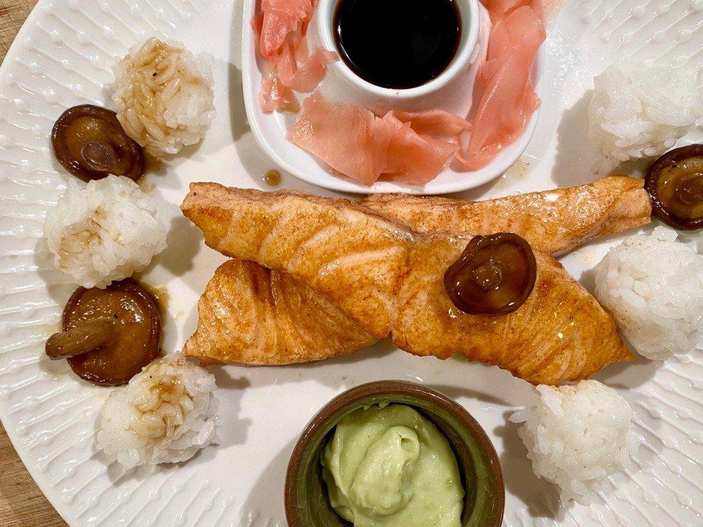 Dagens middag. Sushi men ändå inte.