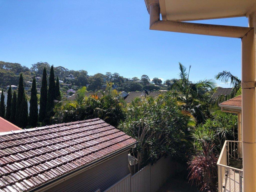 Utsikten från vår balkong i sovrummet är inte dålig alls. Man glömmer det ibland.