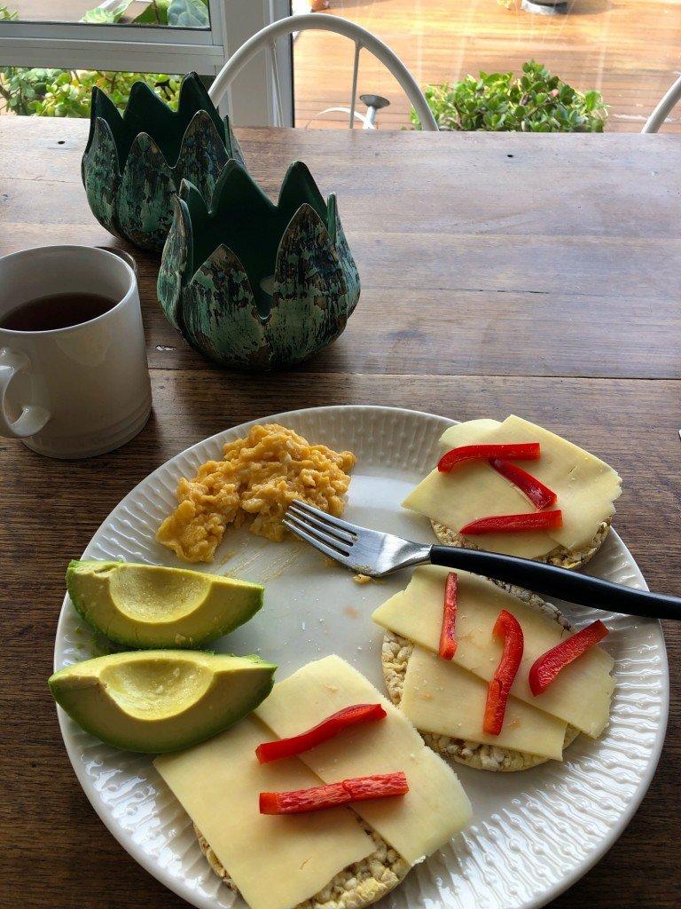 En till frukost.